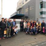 上海島田の30名のメンバーが、4泊5日の社員旅行で日本を訪れました。日本滞在2日目には本社を初訪問。本社工場の前で全員で記念撮影しました。2018年3月