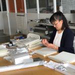 """東京都仕事センターが実施している""""女性再就職サポートプログラム""""の『職場体験』に、島田電機もご協力させていただきました。管理職として働く女性や、子育てをしながらフルタイムで働く女性も活躍している島田電機。そんな当社での職場体験終了後に、参加者の方にインタビューをさせていただきました。仕事への長いブランクや子育てとの両立に対する不安を抱える中、一歩踏み出すことで何か始まるという想いでプログラムに参加された女性。職場体験を通して「これからまた、やれるかもしれないという自信がわきました」という嬉しいお言葉が聞けました。今後も島田電機は再就職に向けて頑張る女性を応援します! 2018年6月"""